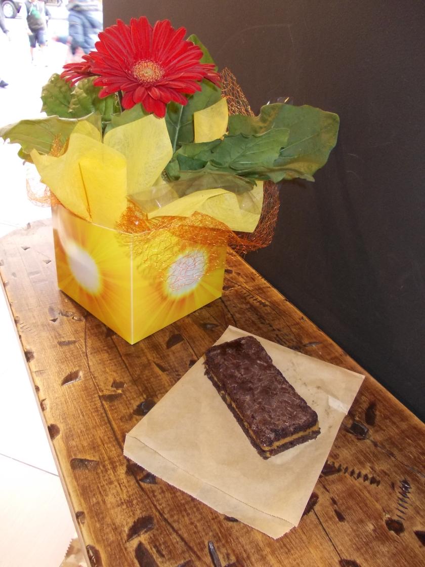 Swig Cafe Choco Caramel Slice